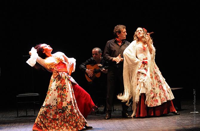 Festival Les Jeux du Théâtre de Sarlat - Critique sortie Théâtre Sarlat Festival des jeux du Théâtre de Sarlat