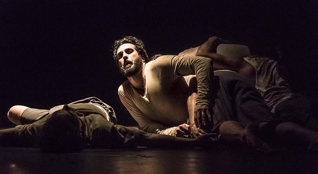 3D Danse Dehors Dedans - Critique sortie Danse Tremblay-en-France Théâtre Louis Aragon
