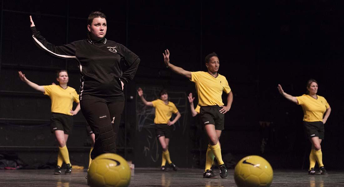 Foot en scène - Critique sortie Théâtre Pontoise Nouvelle Scène Nationale de Cergy-Pontoise