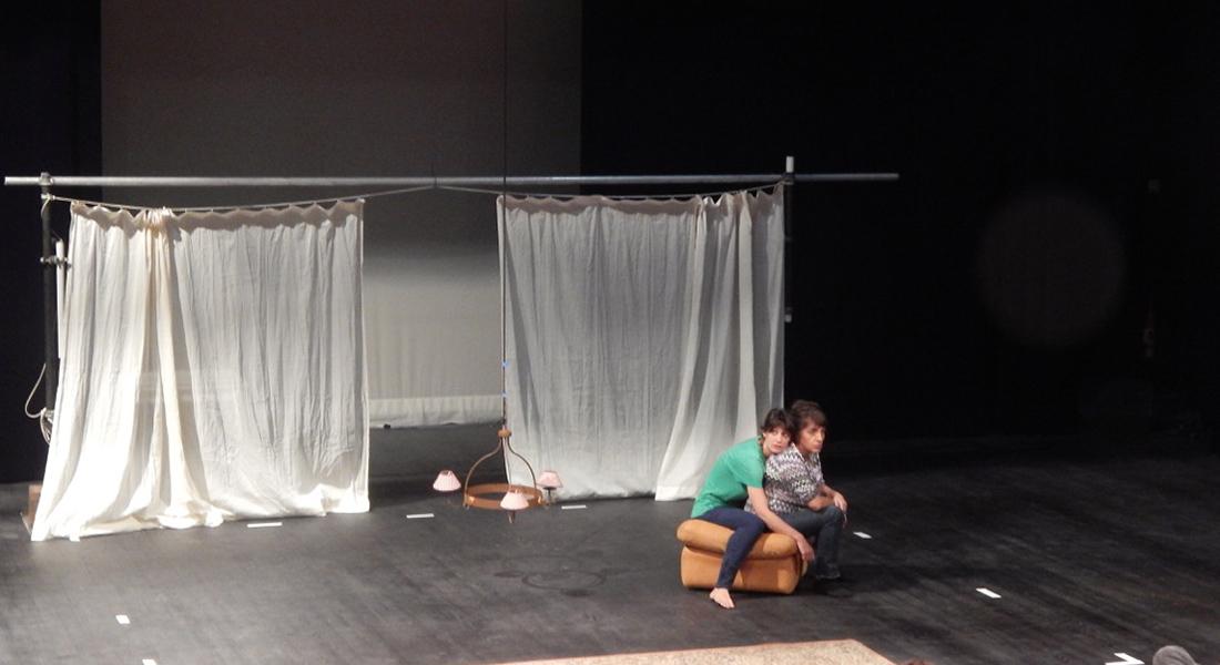 Abeilles - Critique sortie Théâtre Paris Théâtre de Belleville
