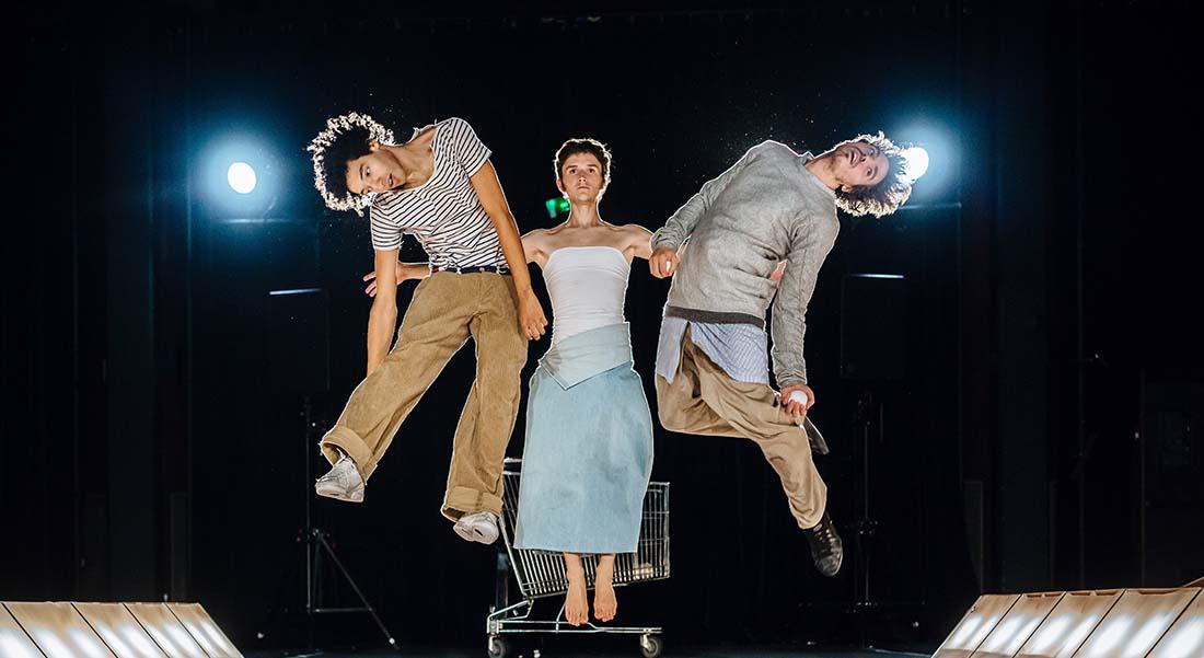 Dystonie - Critique sortie Cirque Paris Le Monfort Théâtre