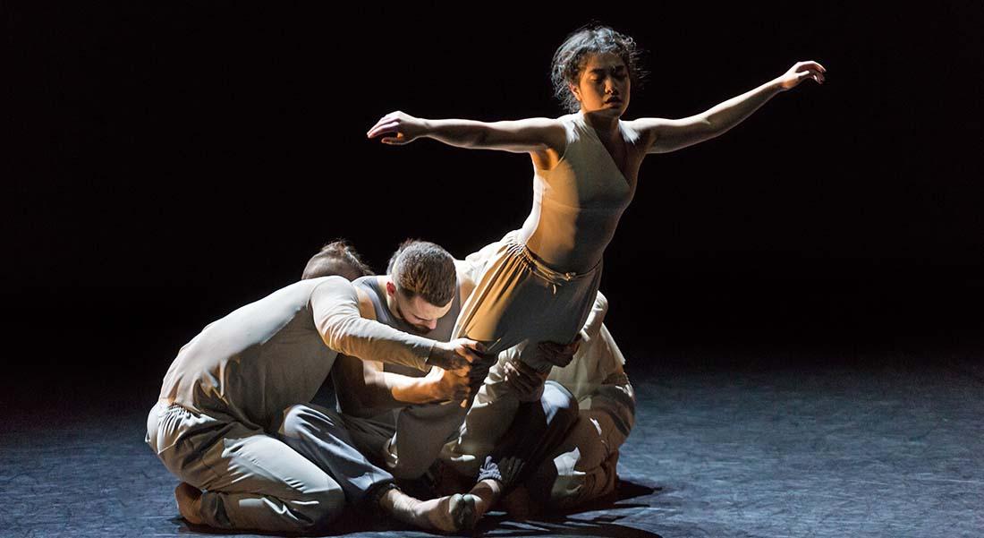 Finding Now d'Andrew Skeels - Critique sortie Danse Suresnes Théâtre de Suresnes Jean Vilar
