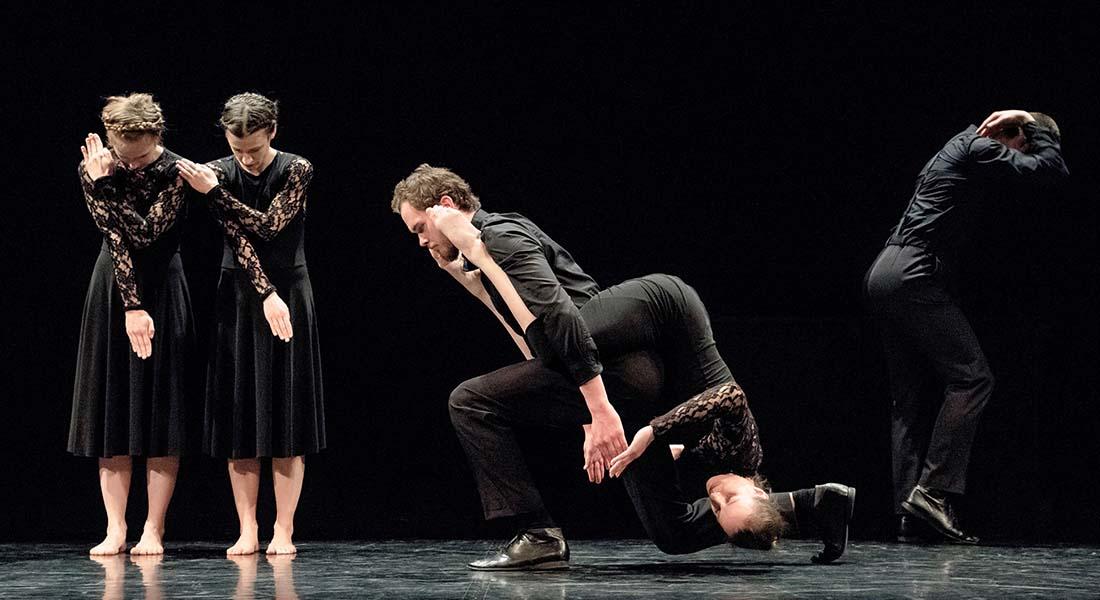 Regards Dansants éclaire l'univers de Josef Nadj - Critique sortie Théâtre Cherbourg-en-Cotentin Le Trident - Scène nationale de Cherbourg-en-Cotentin