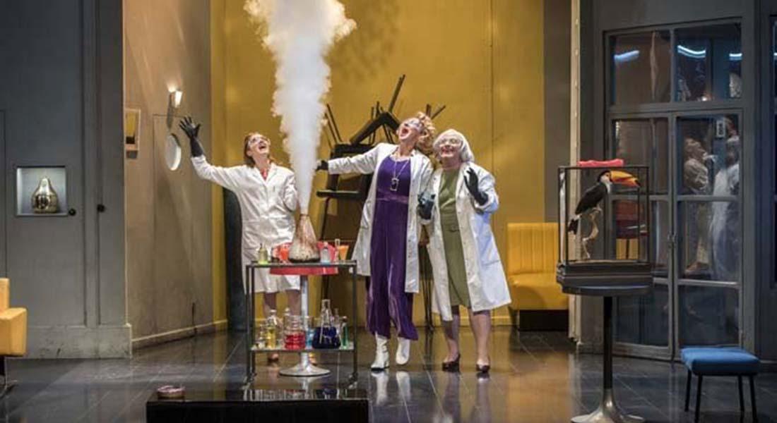 Trissotin ou les Femmes savantes mes Macha Makeïeff - Critique sortie Théâtre Marseille La Criée - Théâtre National de Marseille