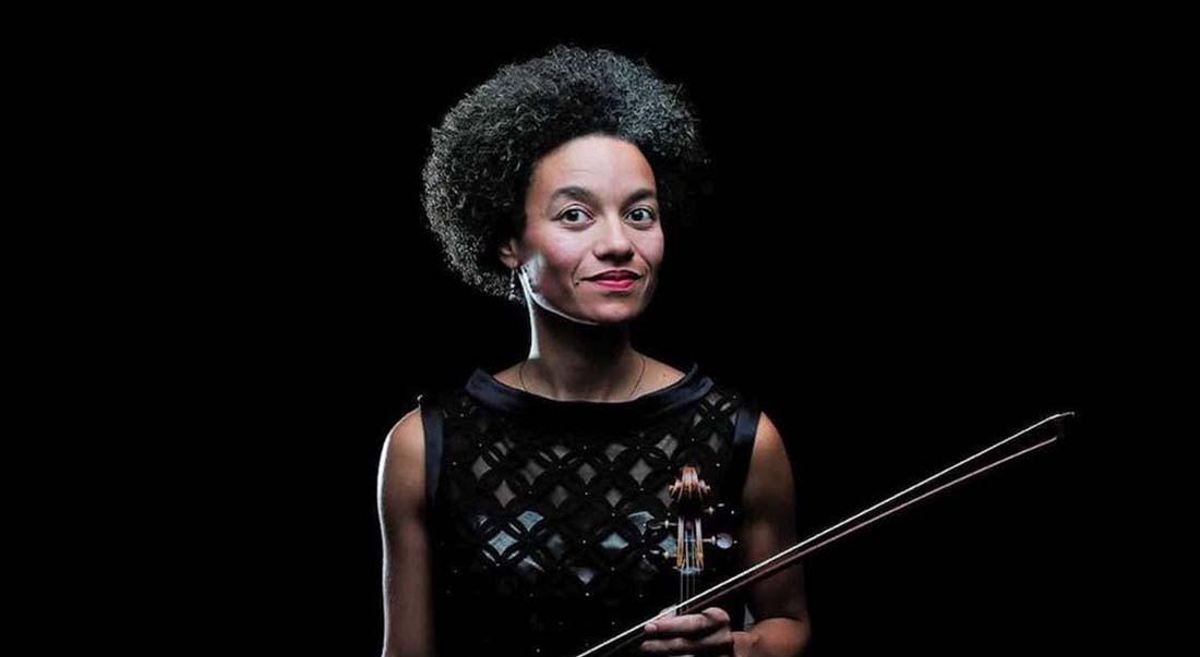 Ann-Estelle Médouze et l'Orchestre national d'Île-de-France - Critique sortie Classique / Opéra Suresnes Théâtre Jean Vilar