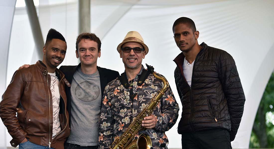Jacques Schwarz-Bart avec Arnaud Dolmen, Grégory Privat et Stéphane Kerecki - Critique sortie Jazz / Musiques Paris new morning