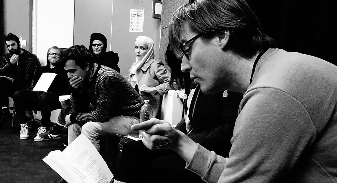 Mesure pour Mesure d'Arnaud Anckaert, une dystopie tout en ambiguïté et radicalité - Critique sortie Théâtre Arras
