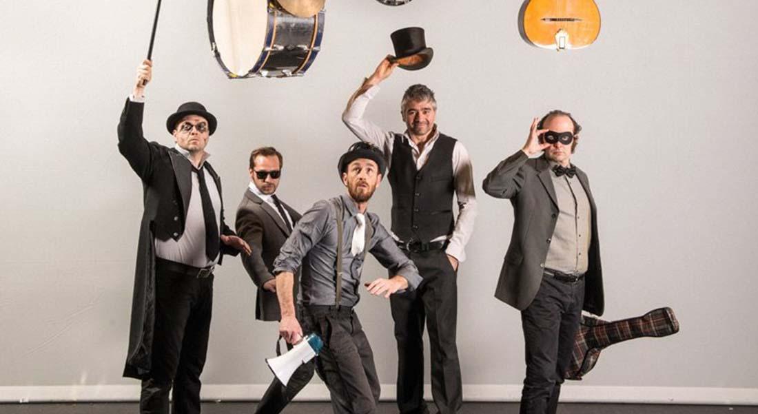 Les Fouteurs de Joie « Des étoiles et des idiots » - Critique sortie Jazz / Musiques Paris La Cigale