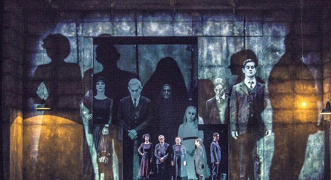 Sei personaggi in cerca d'autore de Luigi Pirandello mes Luca De Fusco - Critique sortie Théâtre Paris Athénée Théâtre Louis-Jouvet