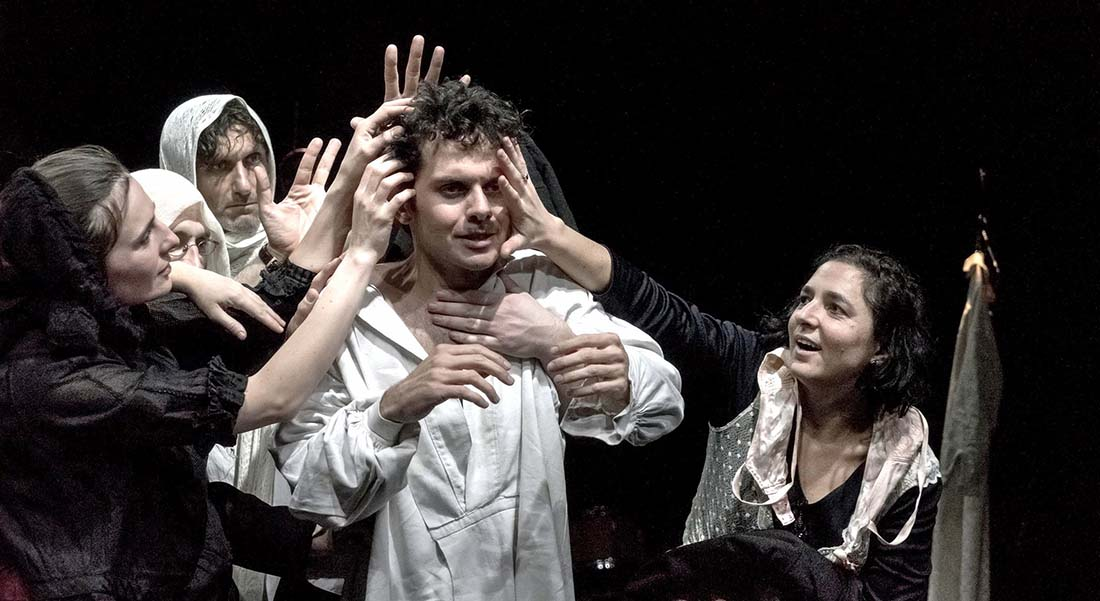 Notre Classe de Tadeusz Slobodzianek, mis en scène par Justine Wojtyniak - Critique sortie Théâtre Suresnes Théâtre de Suresnes Jean Vilar