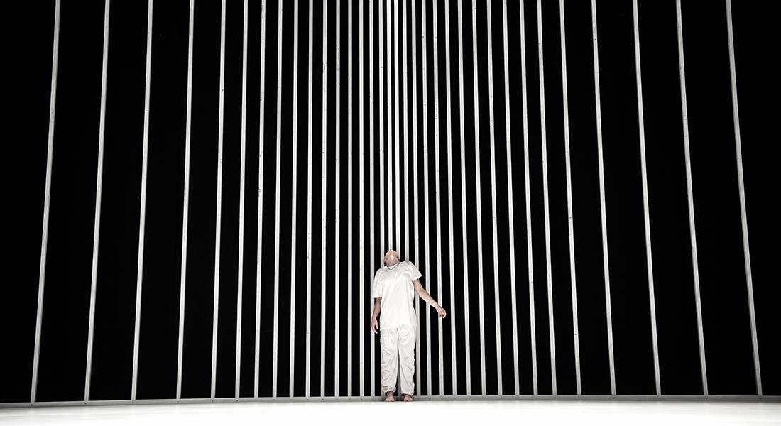 Oona Doherty fait sensation entre la création Lady Magma* et des reprises - Critique sortie Danse Ivry-sur-Seine Théâtre Antoine Vitez