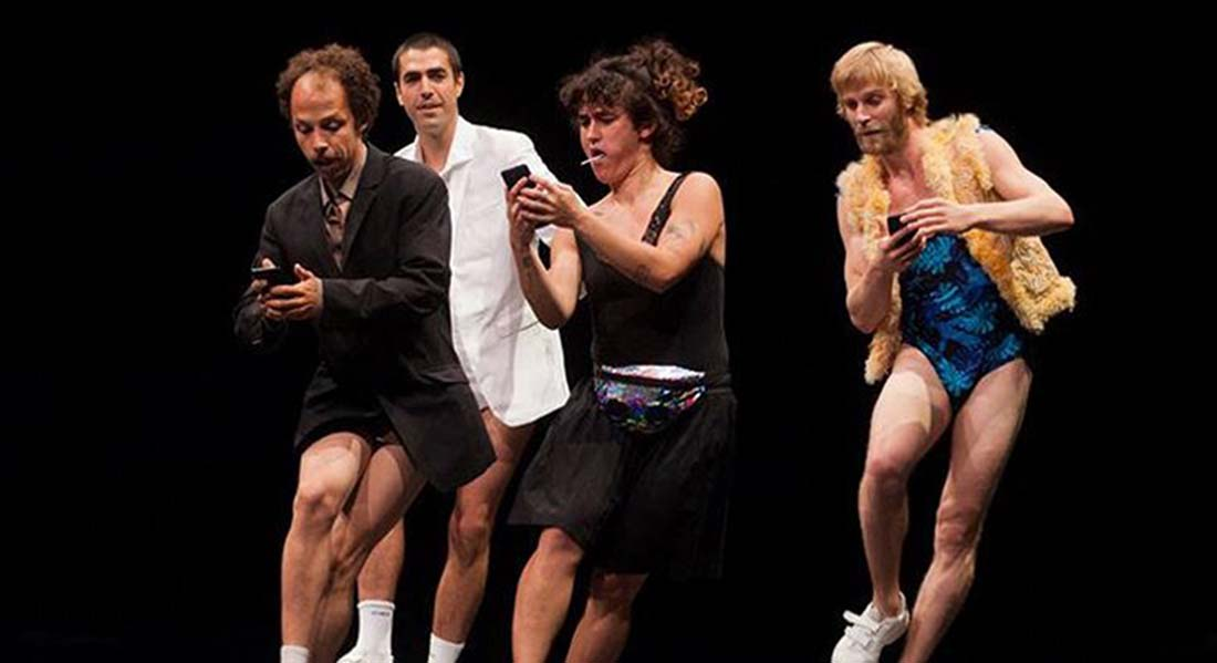 Au carrefour de tous les jonglages - Critique sortie Cirque La Courneuve
