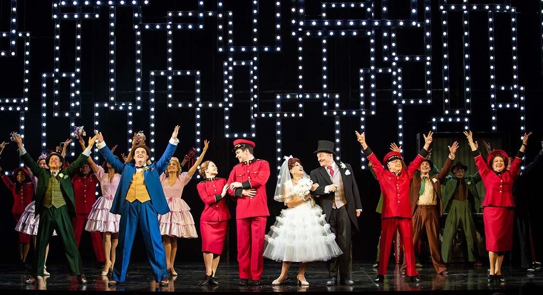 Guys and Dolls, mise en scène et chorégraphie de Stephen Mear - Critique sortie Théâtre Paris Théâtre Marigny