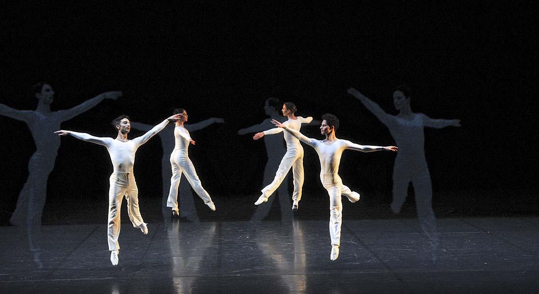 Dance de Lucinda Childs avec le Ballet de l'Opéra de Lyon - Critique sortie Danse Sceaux Les Gémeaux - Scène Nationale