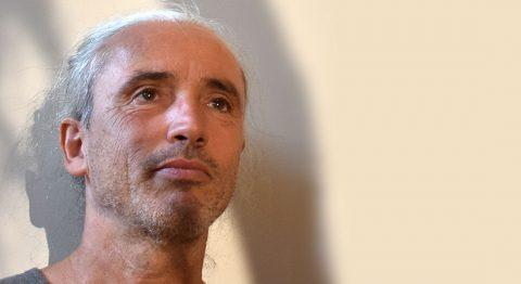 Fabrice Guillot présente le déroulement et les enjeux de l'événement international La Danse Verticale en Kit - Critique sortie Danse Charenton-le-Pont