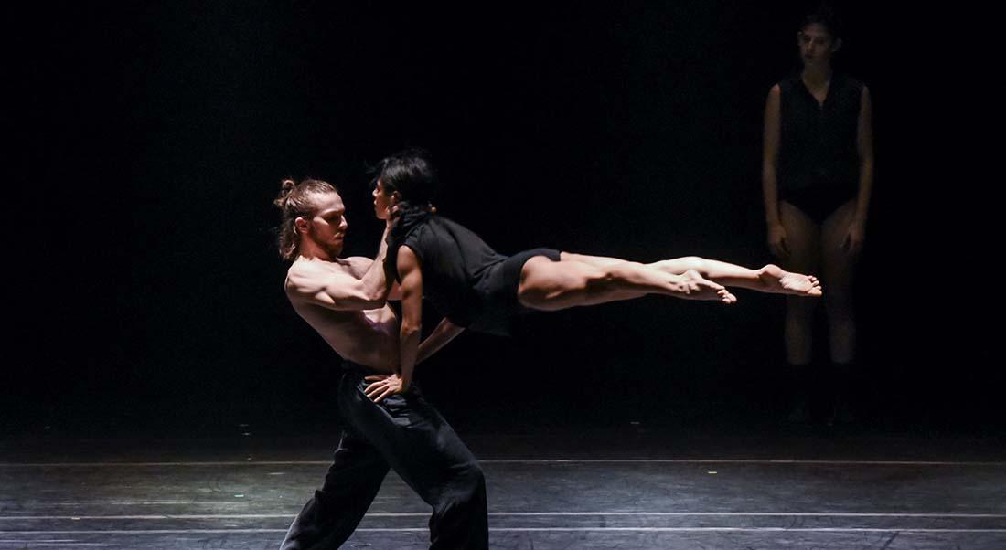 Asylum de Rami Be'er et la Kibbutz Dance Company - Critique sortie Danse Paris Théâtre de Paris