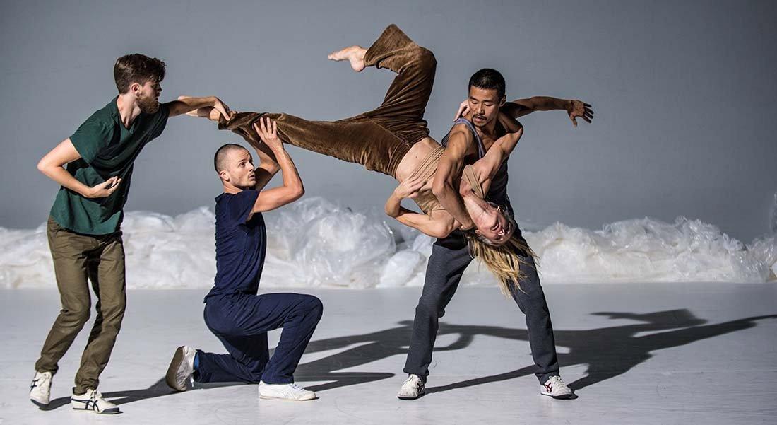Frozen Songs, chorégraphie Ina Christel Johannessen - Critique sortie Danse Paris Chaillot - Théâtre national de la danse
