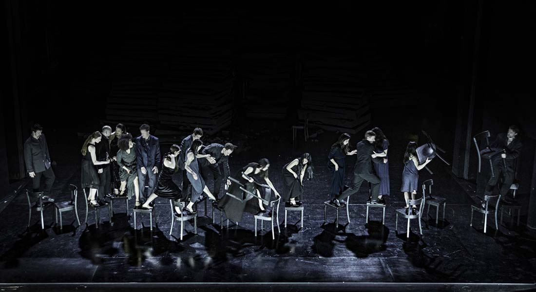 Since She et Bon voyage, Bob avec les chorégraphes Dimitris Papaioannou et  Alan Lucien Øyen et le Tanztheater de Wuppertal Pina Bausch - Critique sortie Danse Paris Chaillot - Théâtre national de la danse