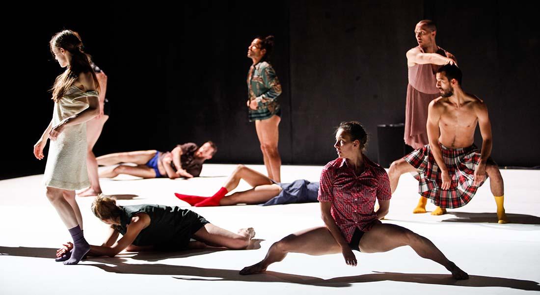 WORKS, chorégraphie Emanuel Gat - Critique sortie Danse Paris Chaillot - Théâtre national de la danse