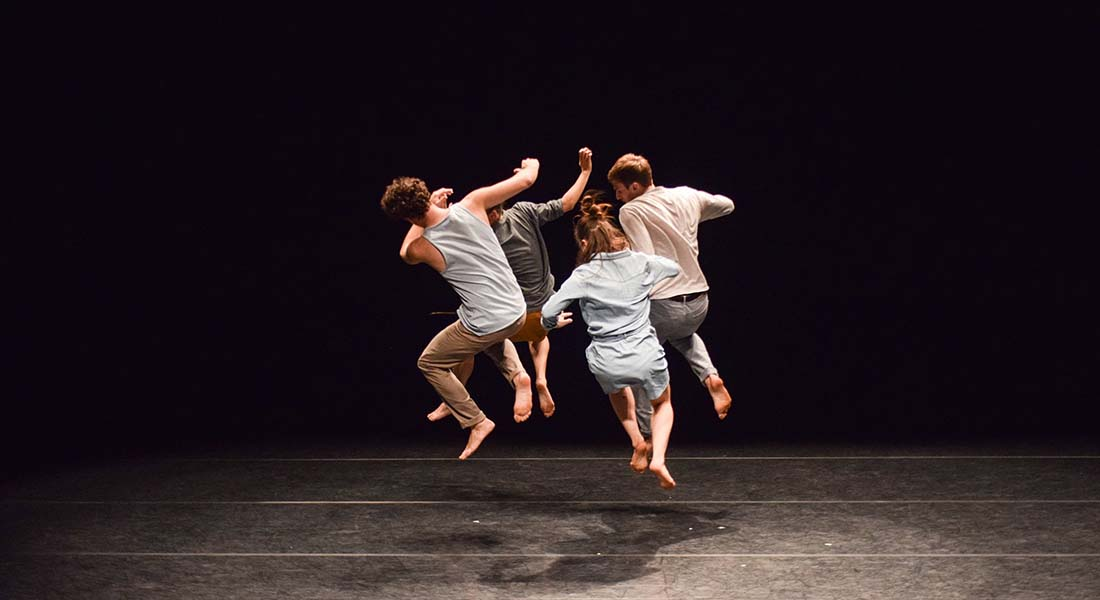 Forward / Into Outside, Chorégraphie Edouard Hue - Critique sortie Avignon / 2019 Avignon Avignon Off. Théâtre Golovine