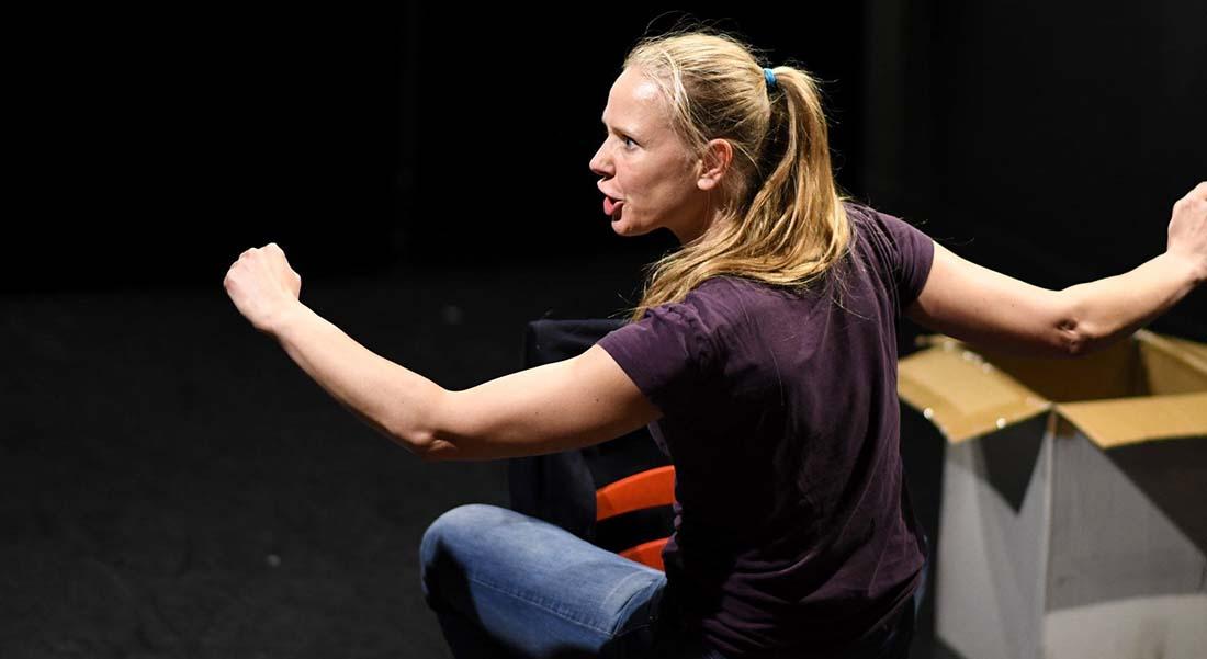 L'Affranchie de Pauline Moingeon Vallès, mis en scène par Elise Touchon Ferreira - Critique sortie Avignon / 2019 Avignon Avignon off. Théâtre Transversal