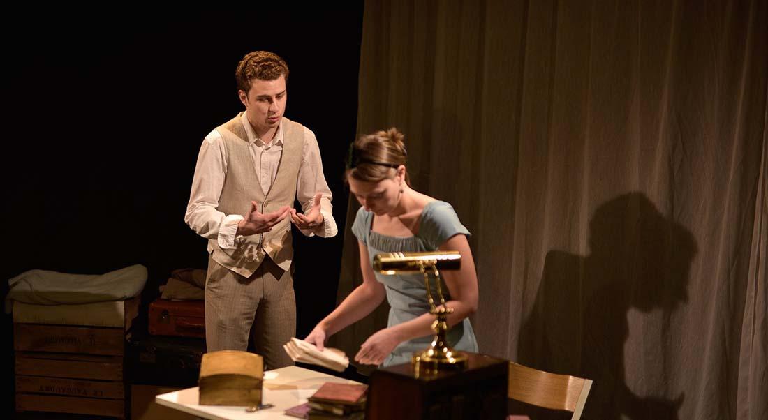 Légende d'une vie de Stefan Zweig, mis en scène par Caroline Rainette et Lennie Coindeaux - Critique sortie Avignon / 2019 Avignon Avignon Off. Théâtre des Brunes