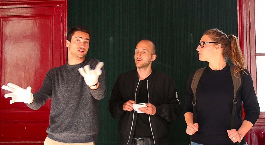 Les Mots parleurs de Matéi Visniec, mis en scène de Denise Aron-Schröpfer - Critique sortie Avignon / 2019 Avignon Avignon Off. Théâtre Barretta