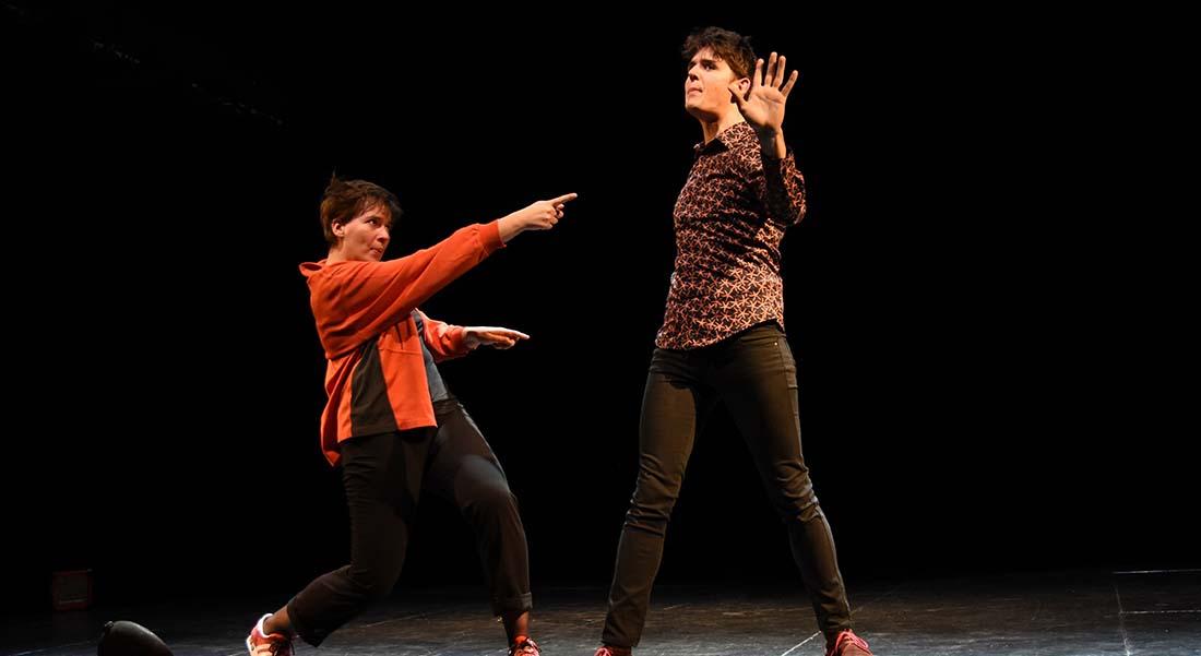 Platon vs Platoche de Guillaume Martin, mis en scène par Marie Guyonnet - Critique sortie Avignon / 2019 Avignon Avignon Off. Théâtre des Corps Saints