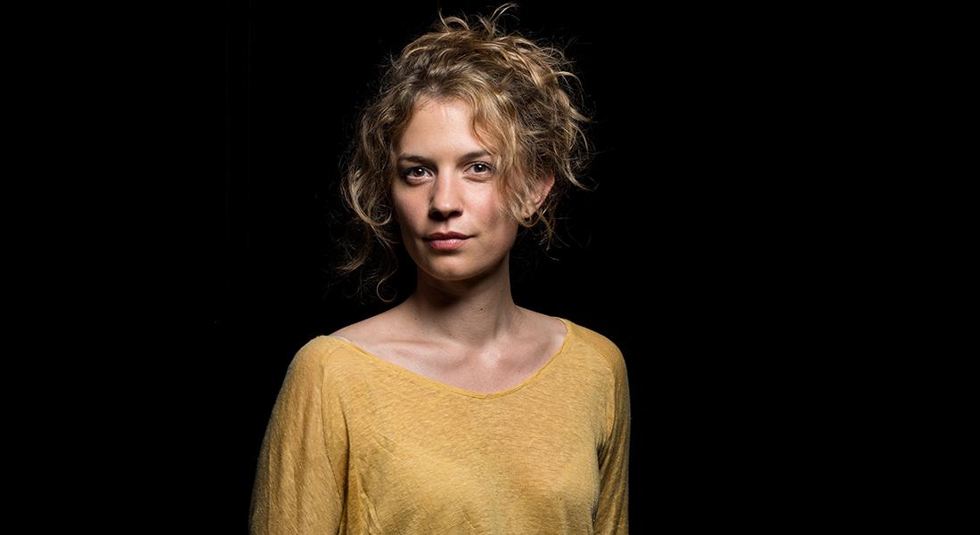 Sous d'autres cieux de Maëlle Poésy, libre adaptation de L'Enéide - Critique sortie Avignon / 2019 Avignon
