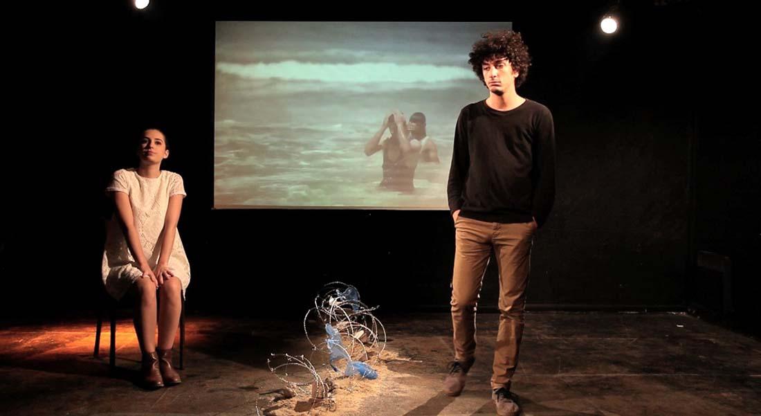 Une Bouteille à la mer d'après Valérie Zenatti, mis en scène de Camille Hazard - Critique sortie Avignon / 2019 Avignon Avignon Off. Le Petit Louvre – Salle Van Gogh