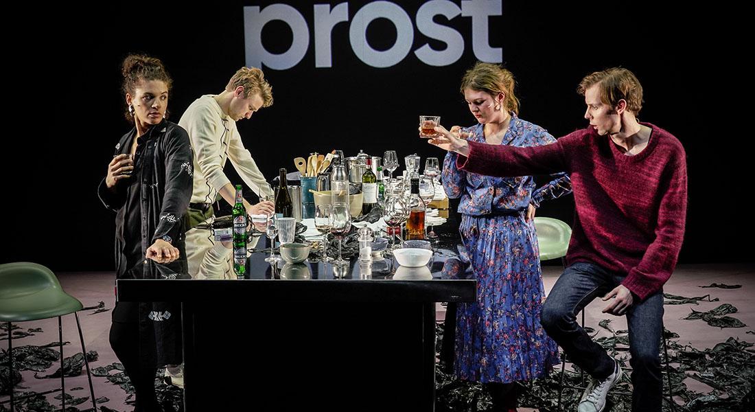 Abgrund / L'abîme de Maja Zade mis en scène par Thomas Ostermeier - Critique sortie Théâtre Sceaux Les Gémeaux