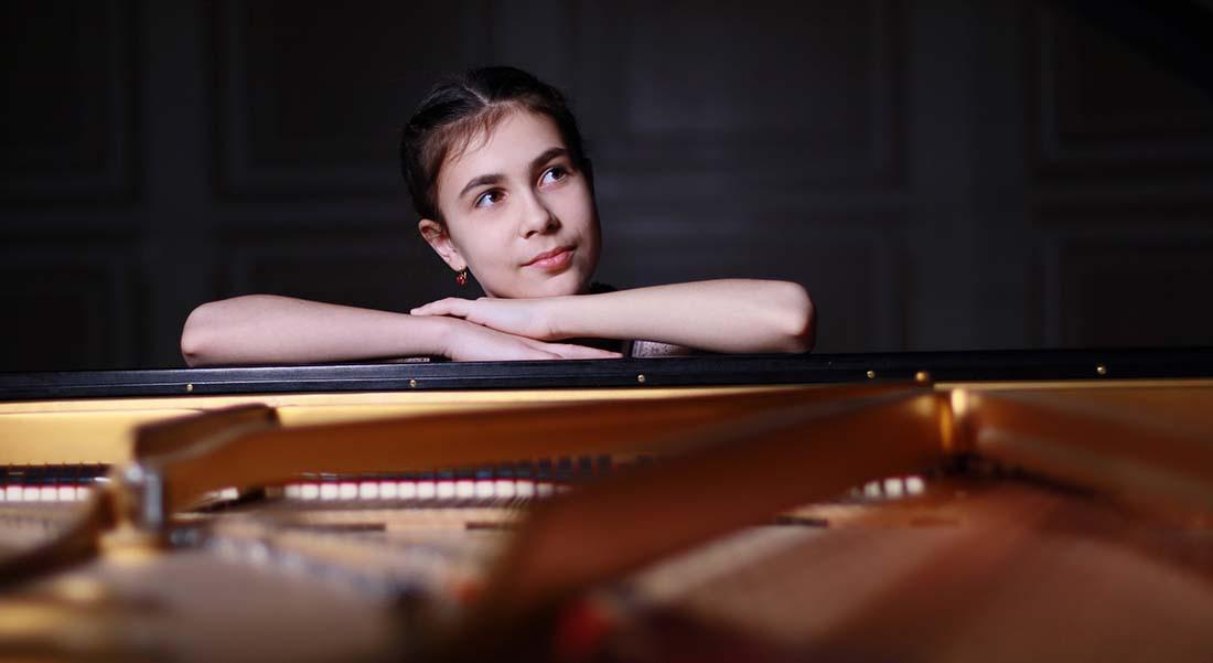 Alexandra Dovgan, nouveau talent du piano - Critique sortie Classique / Opéra Paris Théâtre des Champs-Élysées