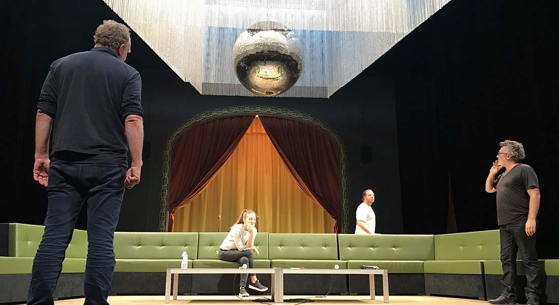 Lourcine / Les Guêpes d'Eugène Labiche et d'Ivan Viripaev, mis en scène par Frédéric Bélier-Garcia - Critique sortie Théâtre Angers Le Quai - CDN ANgers Pays de la Loire