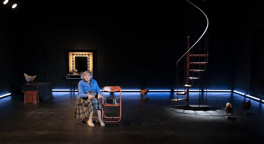 Vie et mort de Mère Hollunder de Jacques Hadjaje, mise en scène de Jean Bellorini - Critique sortie Théâtre Paris Théâtre du Rond-Point