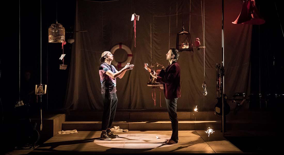 Manque à l'appel de et par Tony Melvil et Usmar, mis en scène de Marie Levavasseur - Critique sortie Théâtre Nanterre Théâtre Nanterre Amandiers