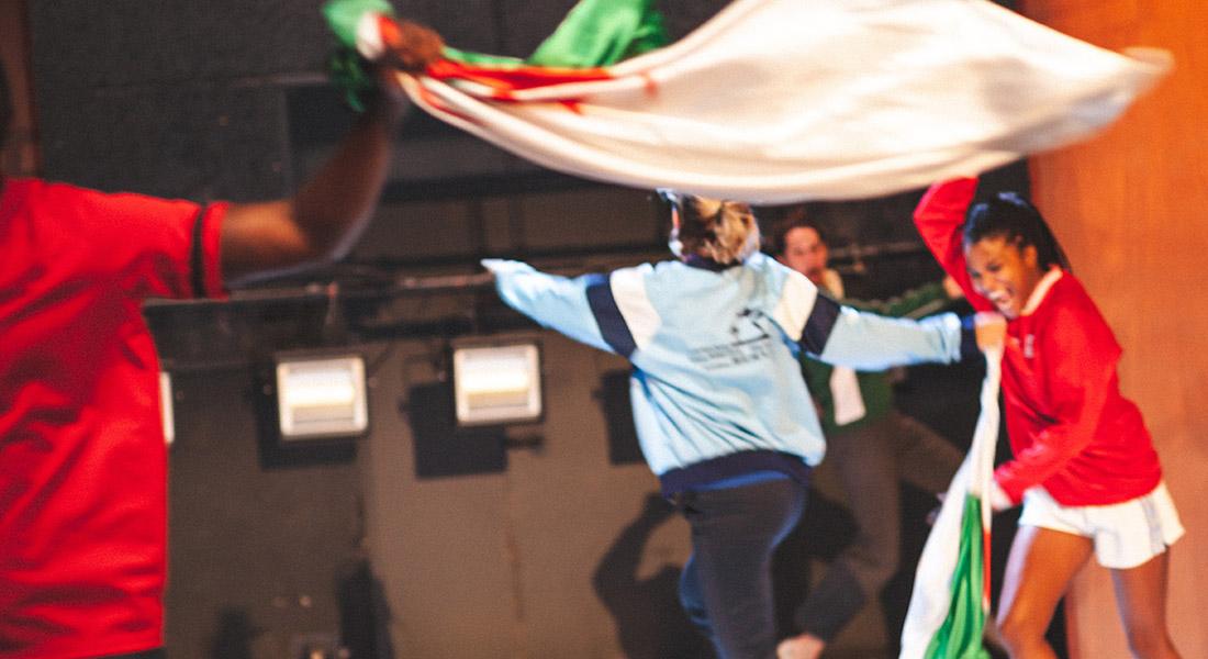 Et le cœur fume encore, texte Alice Carré et Margaux Eskenazi, mise en scène par Margaux Eskenazi - Critique sortie Théâtre saint denis CDN Théâtre Gérard Philipe
