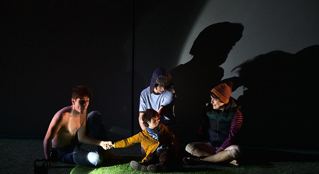 L'Enfant Océan d'après Jean-Claude Mourlevat, mis en scène par Frédéric Sonntag - Critique sortie Théâtre France