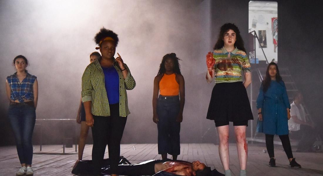 Le reste vous le connaissez par le cinéma de Martin Crimp, d'après Euripide, mise en scène et scénographie Daniel Jeanneteau - Critique sortie Théâtre Gennevilliers T2G - Théâtre de Gennevilliers