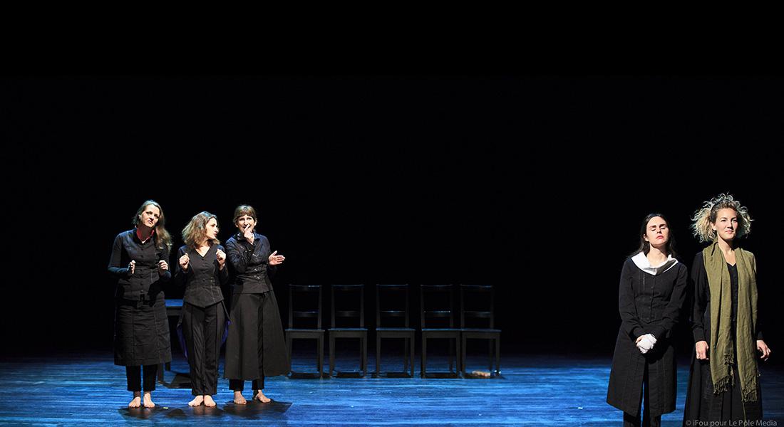 Les Couteaux dans le dos de Pierre Notte - Critique sortie Théâtre Paris Théâtre des Déchargeurs
