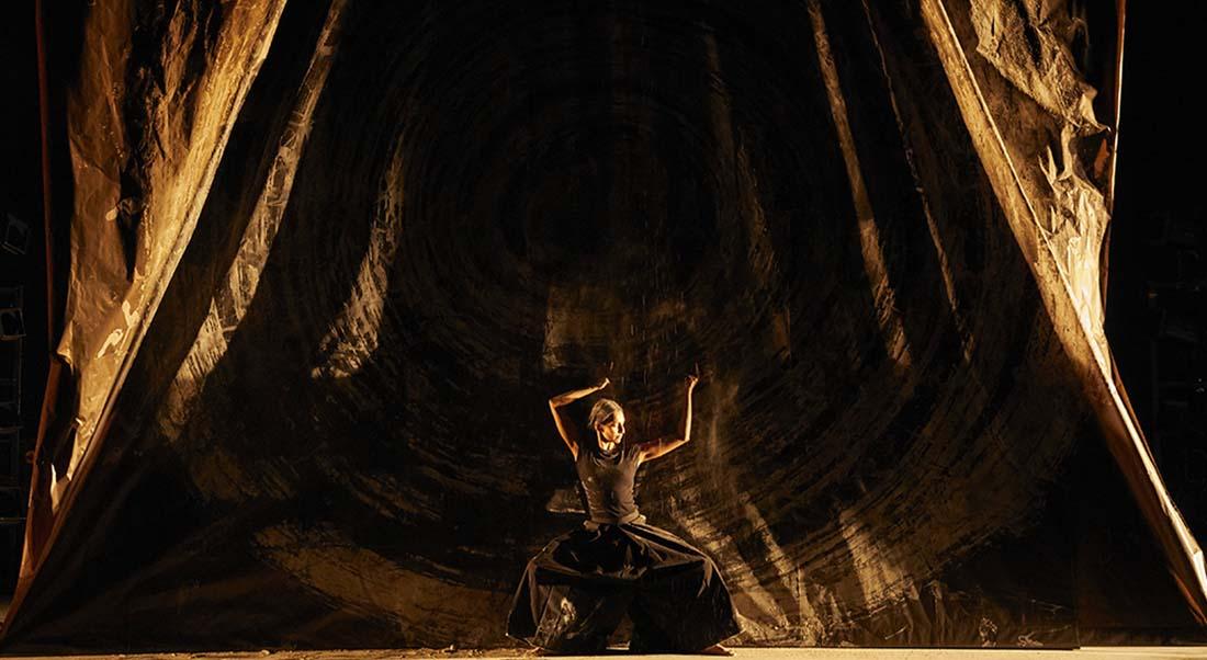 aSH d' Aurélien Bory - Critique sortie Danse Vélizy-Villacoublay L'Onde - Théâtre Centre d'art