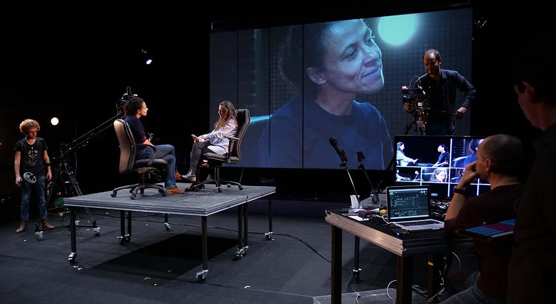 Et c'est un sentiment…écriture collective, mis en scène par David Farjon - Critique sortie Théâtre Vanves Théâtre de Vanves