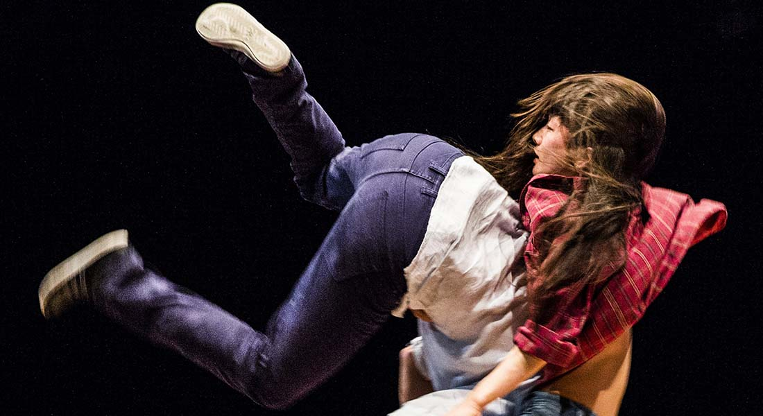 Minuit de Yoann Bourgeois continue sa tournée - Critique sortie Danse Évry-Courcouronnes Scène Nationale de l'Essonne - Théâtre Éphémère