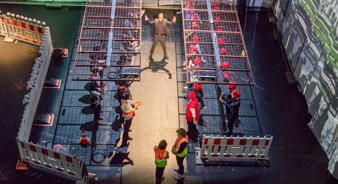 Société en chantier, concept et mise en scène de Stefan Kaegi / Rimini Protokoll - Critique sortie Théâtre Lausanne Théâtre Vidy-Lausanne