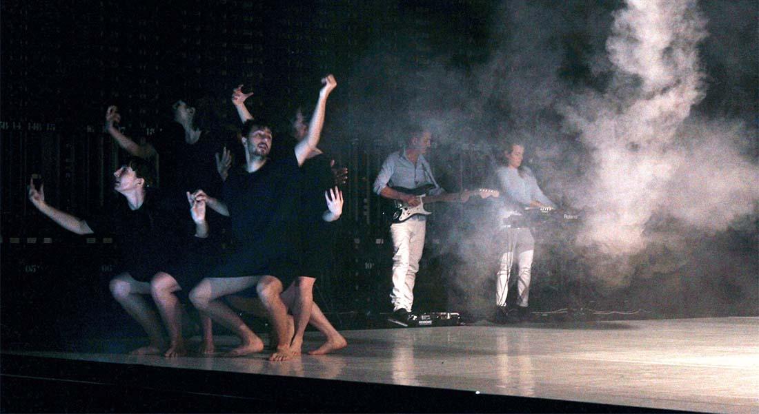Vague intérieur vague de Julie Nioche - Critique sortie Danse Strasbourg TJP - Centre dramatique Strasbourg-Grand Est