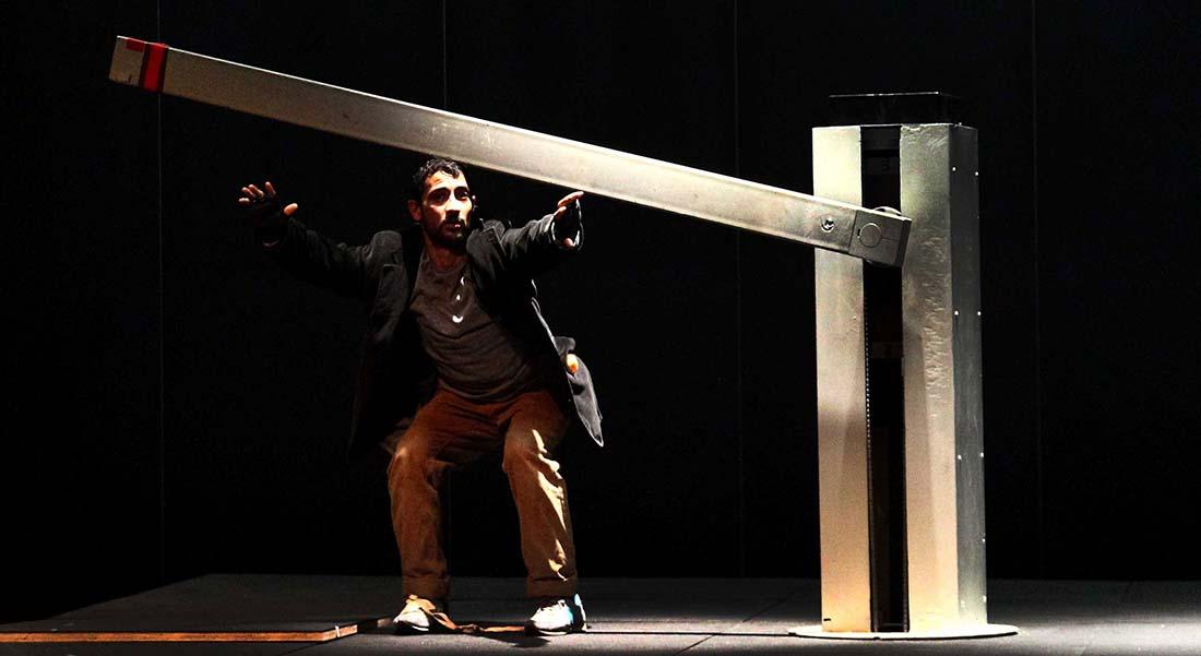 Les Aventures d'Hektor d'Olivier Meyrou et Stéphane Ricordel - Critique sortie Théâtre Paris Le Monfort Théâtre