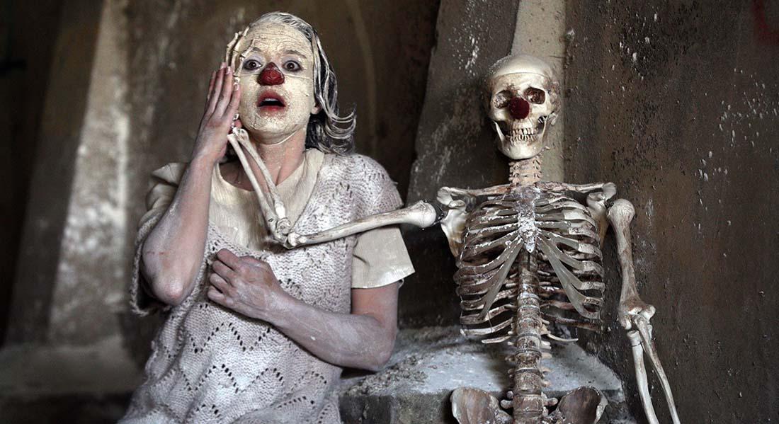 Clownstrum, clownerie post apocalyptique de Louis Arene et Lionel Lingelser - Critique sortie Théâtre Paris Théâtre du lycée Jacques Decour