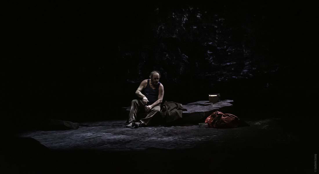 Moi, Jean-Noël Moulin, Président sans fin de Mohamed Rouabhi, mise en scène par Sylvie Orcier - Critique sortie Théâtre Bobigny MC 93