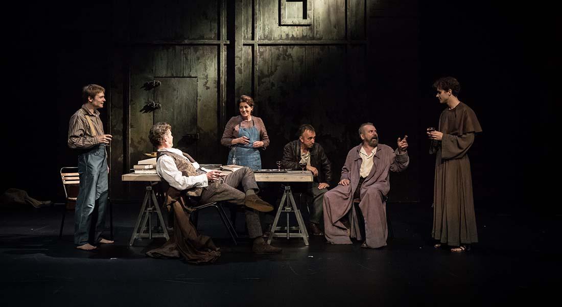 La Vie de Galilée de Bertolt Brecht, mise en scène de Claudia Stavisky - Critique sortie Théâtre Lyon Célestins