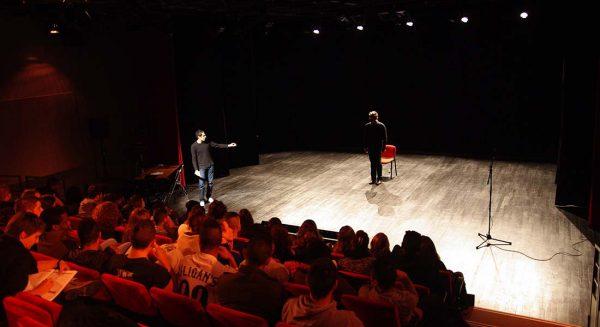La Face cachée du plateau, une conférence-spectacle sur les métiers techniques du spectacle vivant