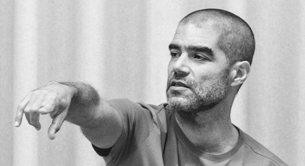 Emanuel Gat crée LOVETRAIN2020, une comédie musicale contemporaine